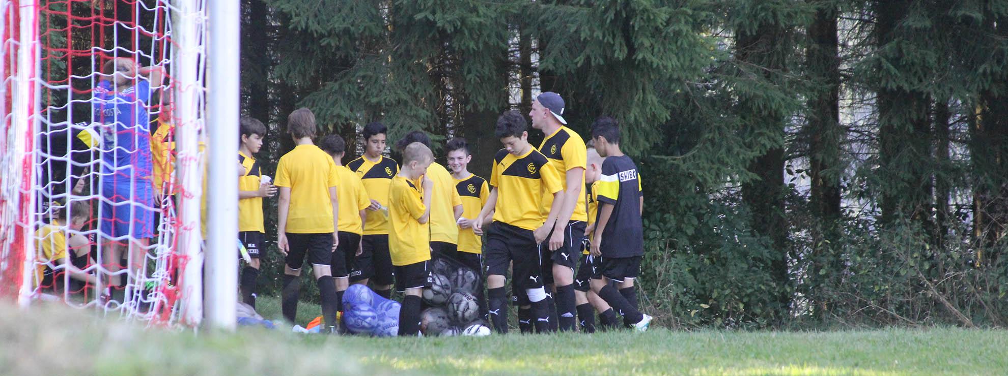 Fußballgruppen finden bei uns ideale Bedingungen für ein Jugend Trainingslager in den Ferien