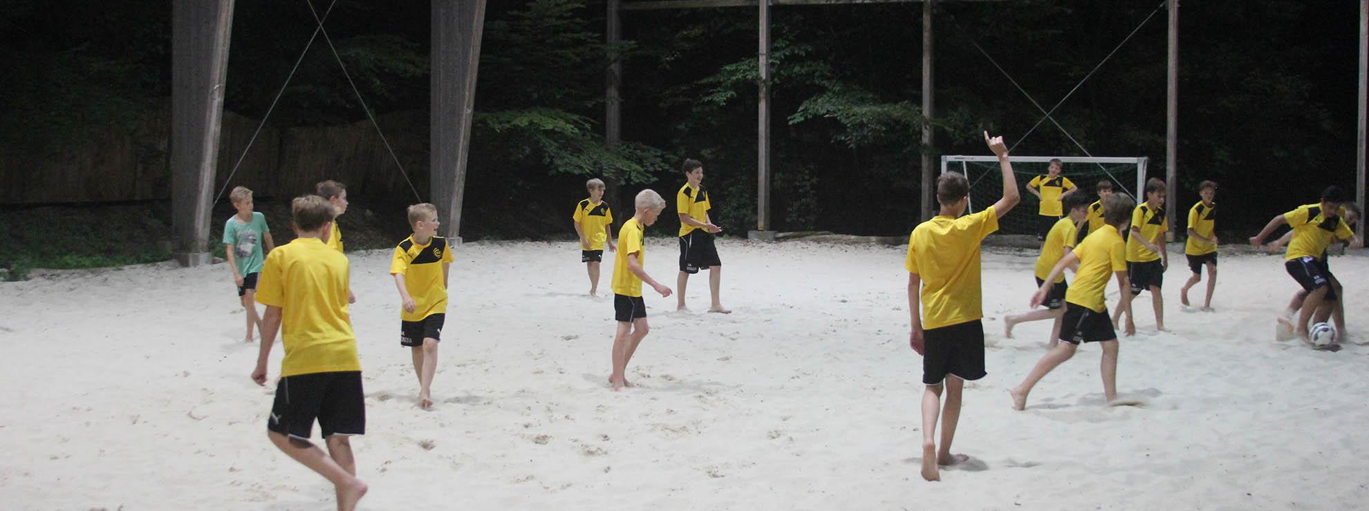 Für Ihre Gruppe verfügen wir über eine eigene Beach-Soccer Anlage